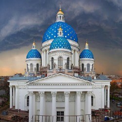 trinity-izmailovskiy-cathedral-in-st-petersburg